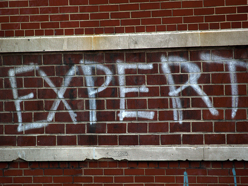 2 Ways To Become An Expert in Online Marketing